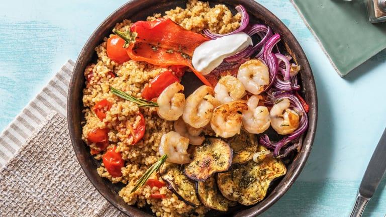 Brochettes de crevettes et salade de boulgour à la méditerranéenne