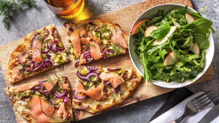 Pizza naan au saumon fumé et poireau