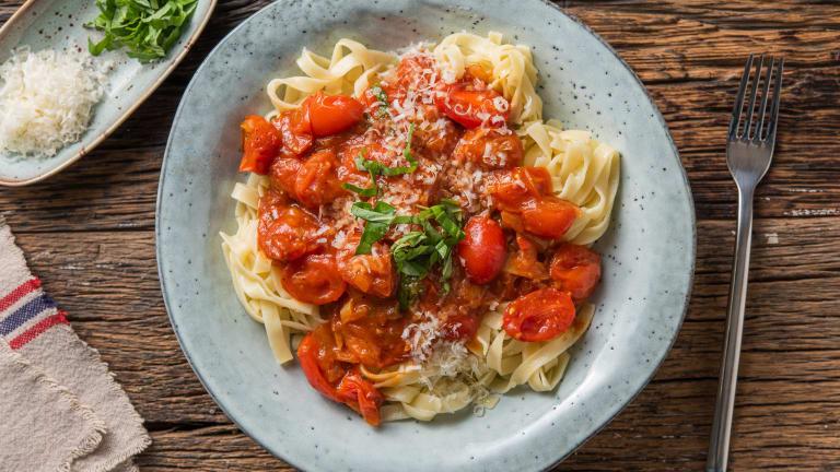 Tagliatelle fraîches et tomates cerises