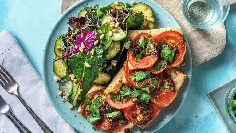 Tartelettes mit Tomate und Hirtenkäse