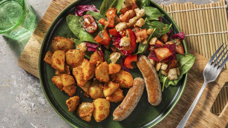 Saucisses de poulet et panzanella à l'italienne