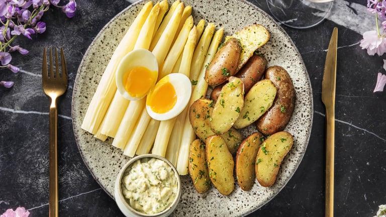 Witte asperges met gribiche-saus