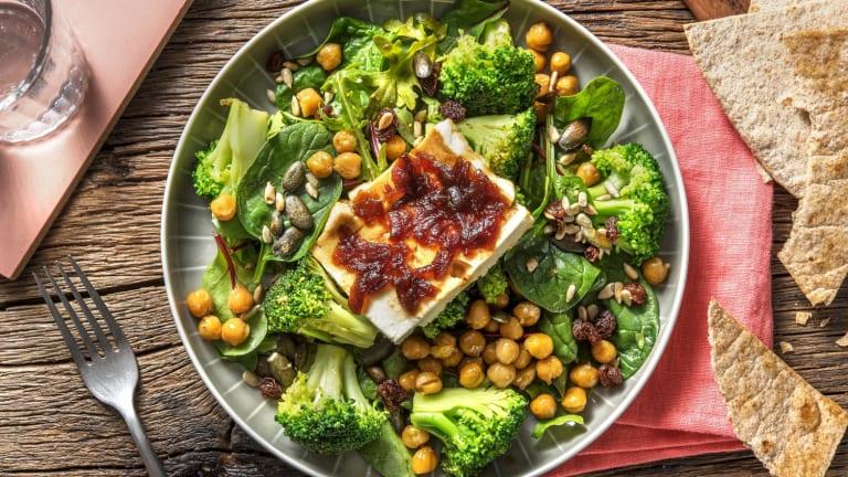 Feta met uienchutney en gepofte kikkererwten