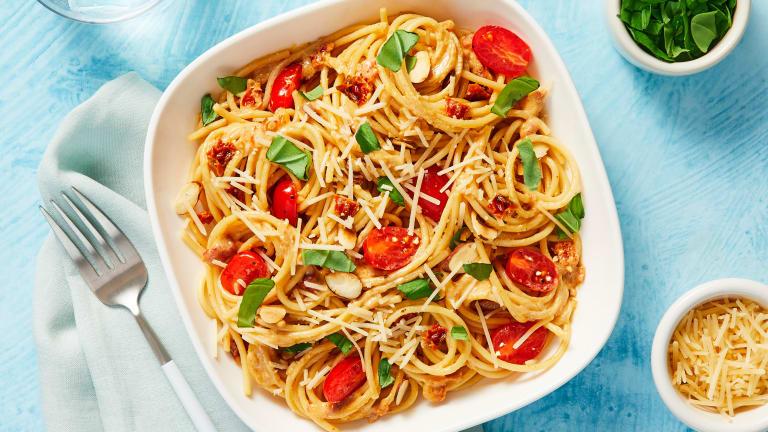 Sun-Dried Tomato & Basil Spaghetti