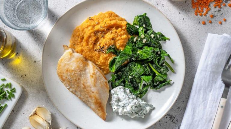 Filet de poulet et purée de carotte au paprika fumé