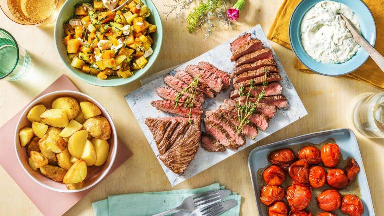 Contre-filet de bœuf, pommes de terre en papillote et crème aigre