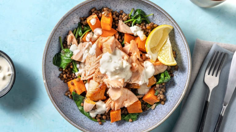 Bol de saumon et de lentilles citronnées faible en calories