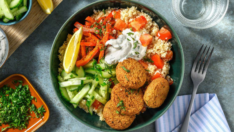 Falafelbowl met couscous en verse munt