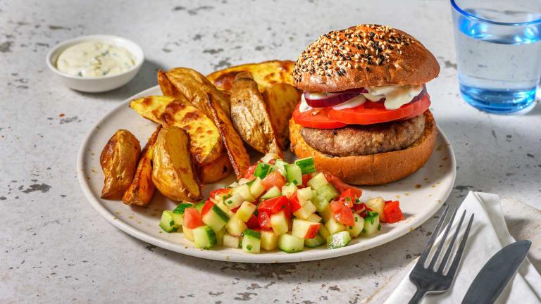 Burger mi-bœuf mi-champignons sur pain à la carotte
