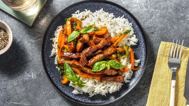 Biefstukreepjes met rijst en paksoi