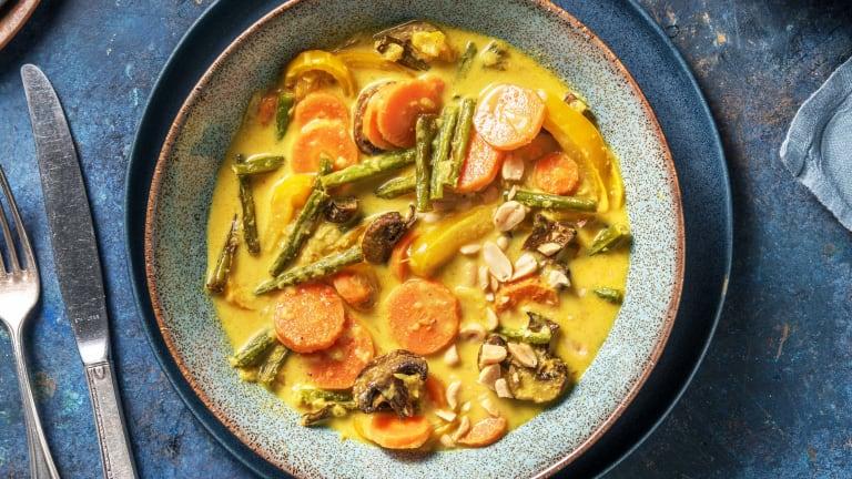 Gelbes Curry mit Ofengemüse