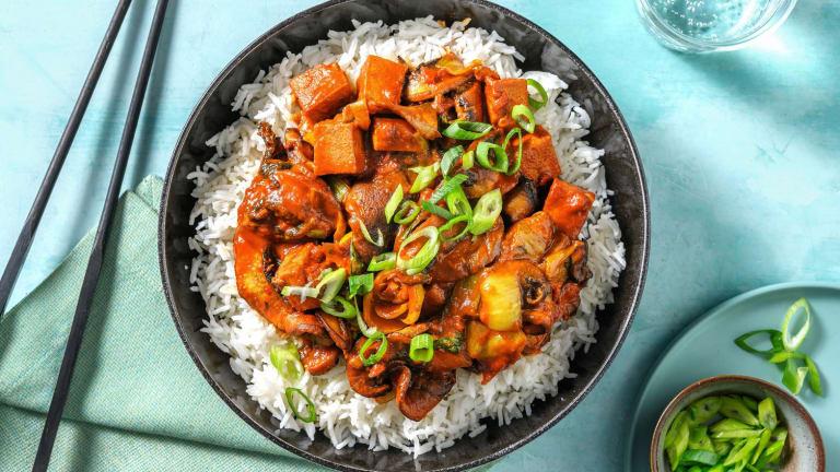 Mapo tofu végétarien aux champignons