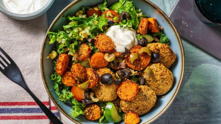 Bol de falafels à la méditerranéenne