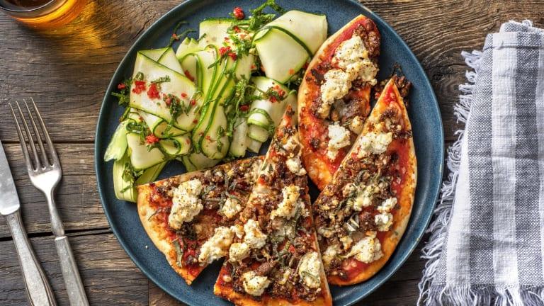 Naanpizza met rundermerquez en ricotta