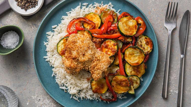 Kip met sesamkorst en geroosterde groenten