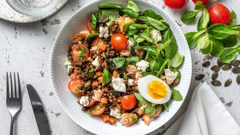Salade lentilles, saumon fumé et roquette