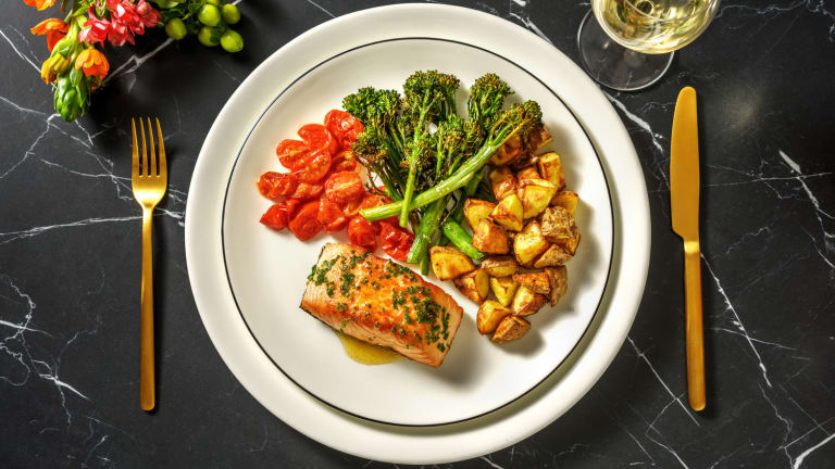Salmon and Chive Butter Sauce