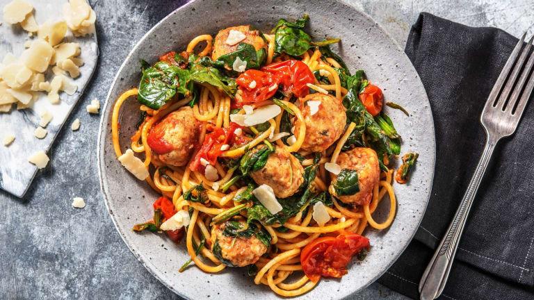 Spaghetti met kipgehaktballetjes
