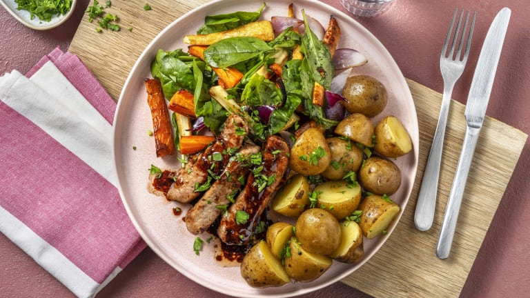 Svinekam og honningbakte grønnsaker