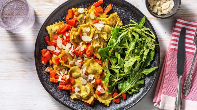 Verse ravioli met paprika en amandelen