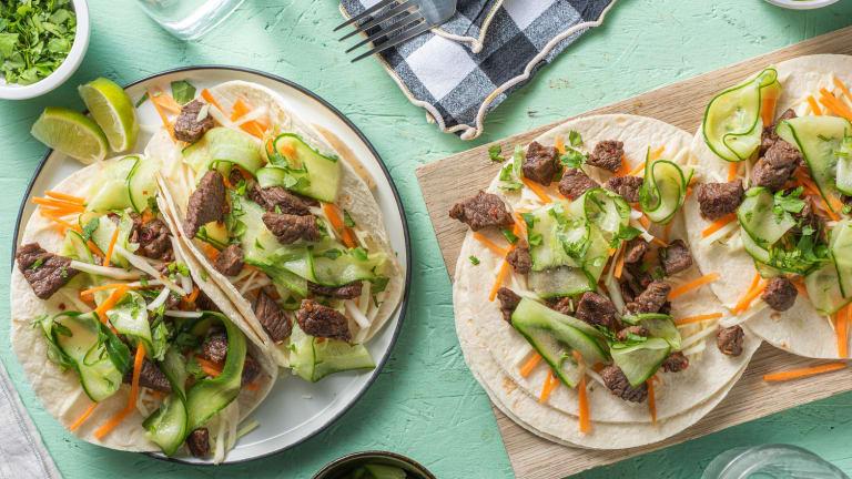 Wraps met Aziatisch gemarineerde biefstukpuntjes