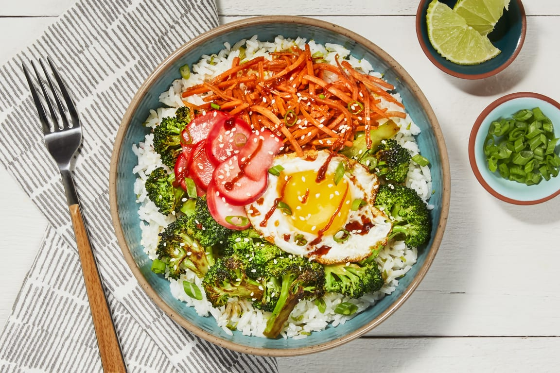 Broccoli-Carrot Donburi with a Fried Egg