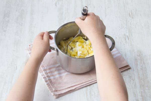 Mash the potatoes