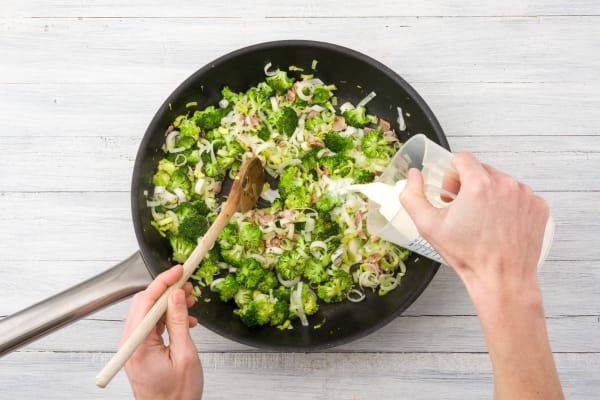 Gemüse mit Sahne ablöschen