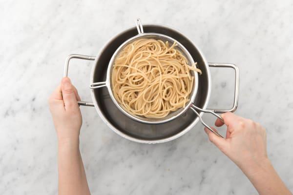 Spaghetti koken