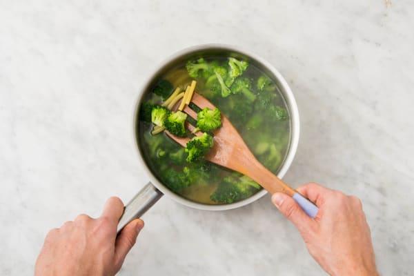 makkaroni & brokkoli garen