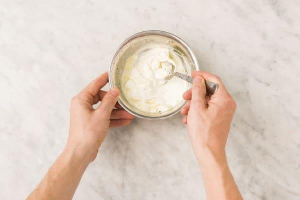 make lemon yoghurt