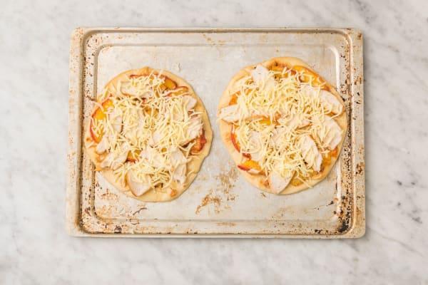 ASSEMBLE PIZZA