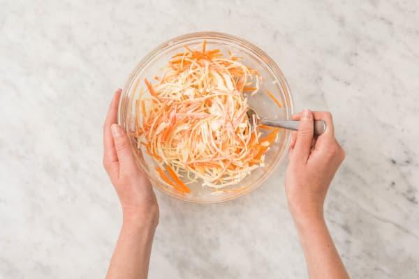 Kool-wortelsalade maken