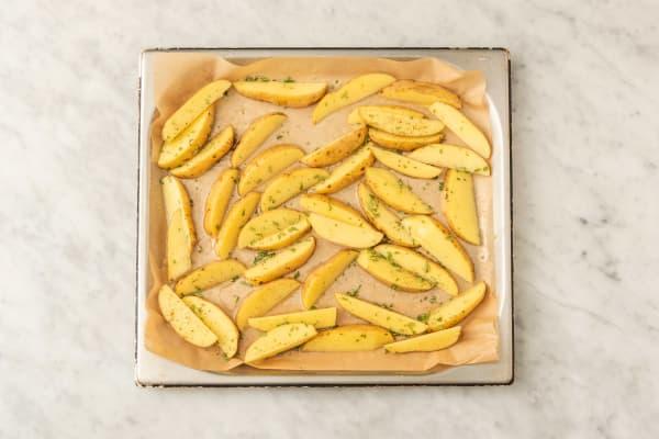 Baka potatisklyftor