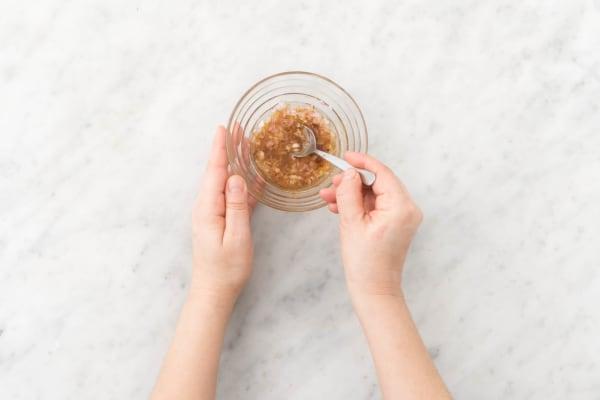 Make vinaigrette