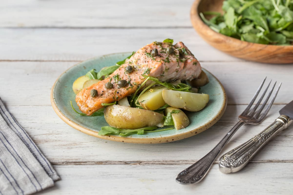 Fried Salmon in Dill Sauce