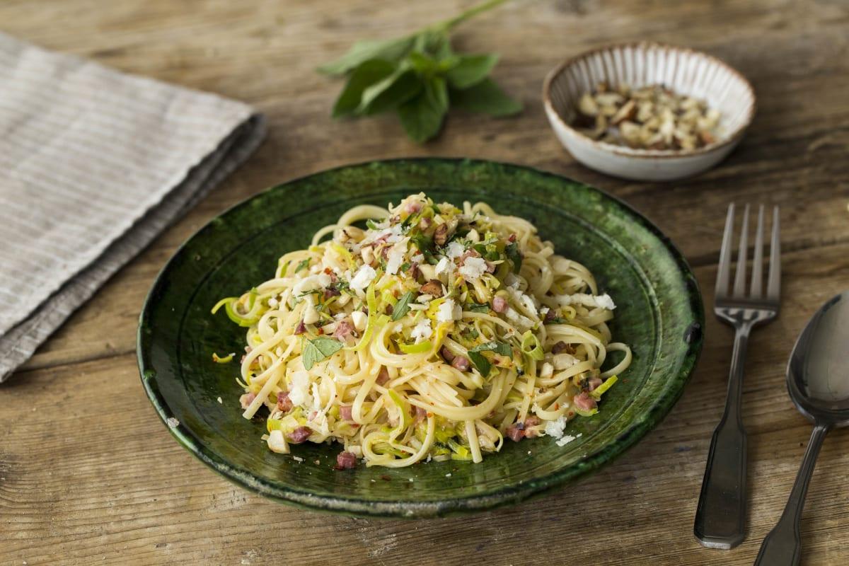 Spaghetti mit weißer soße
