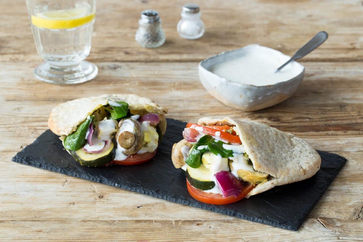 Veggie-Kebabs mit marinierten Gemüse-Feta-Spießen