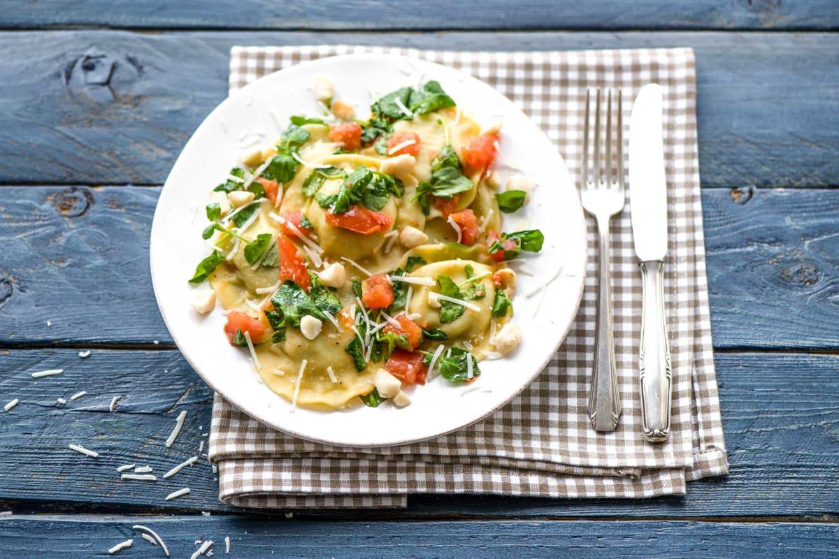 Wie im Urlaub: Agnolotti in Tomaten-Landkresse-Soße