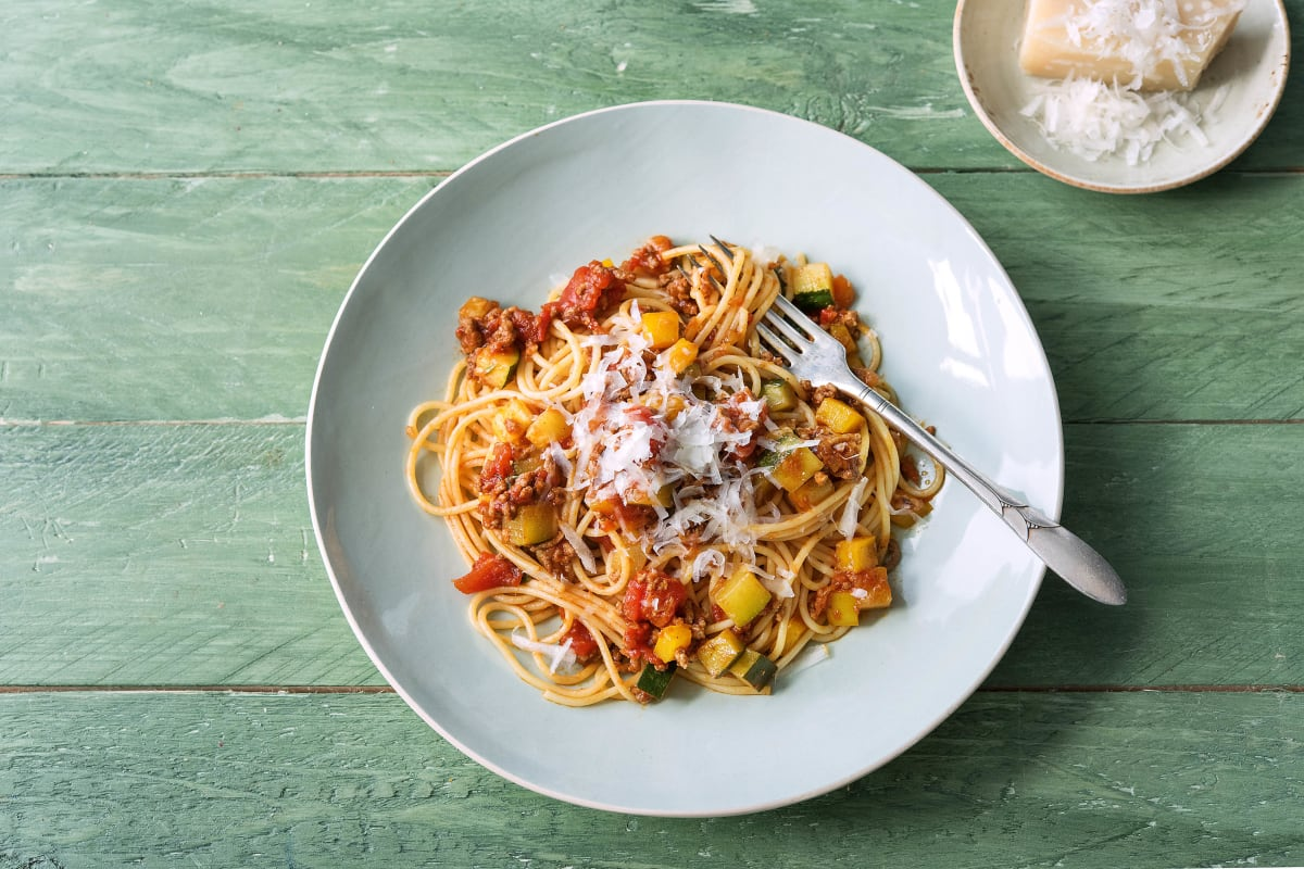 Tomato Garlic Ragu with Spaghetti