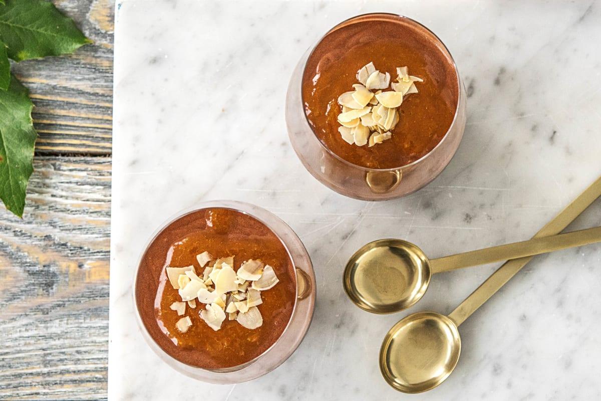 Chocolademousse met sinaasappelcoulis
