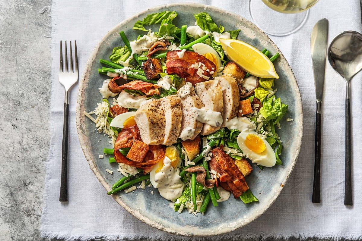 Salade césar de luxe au poulet