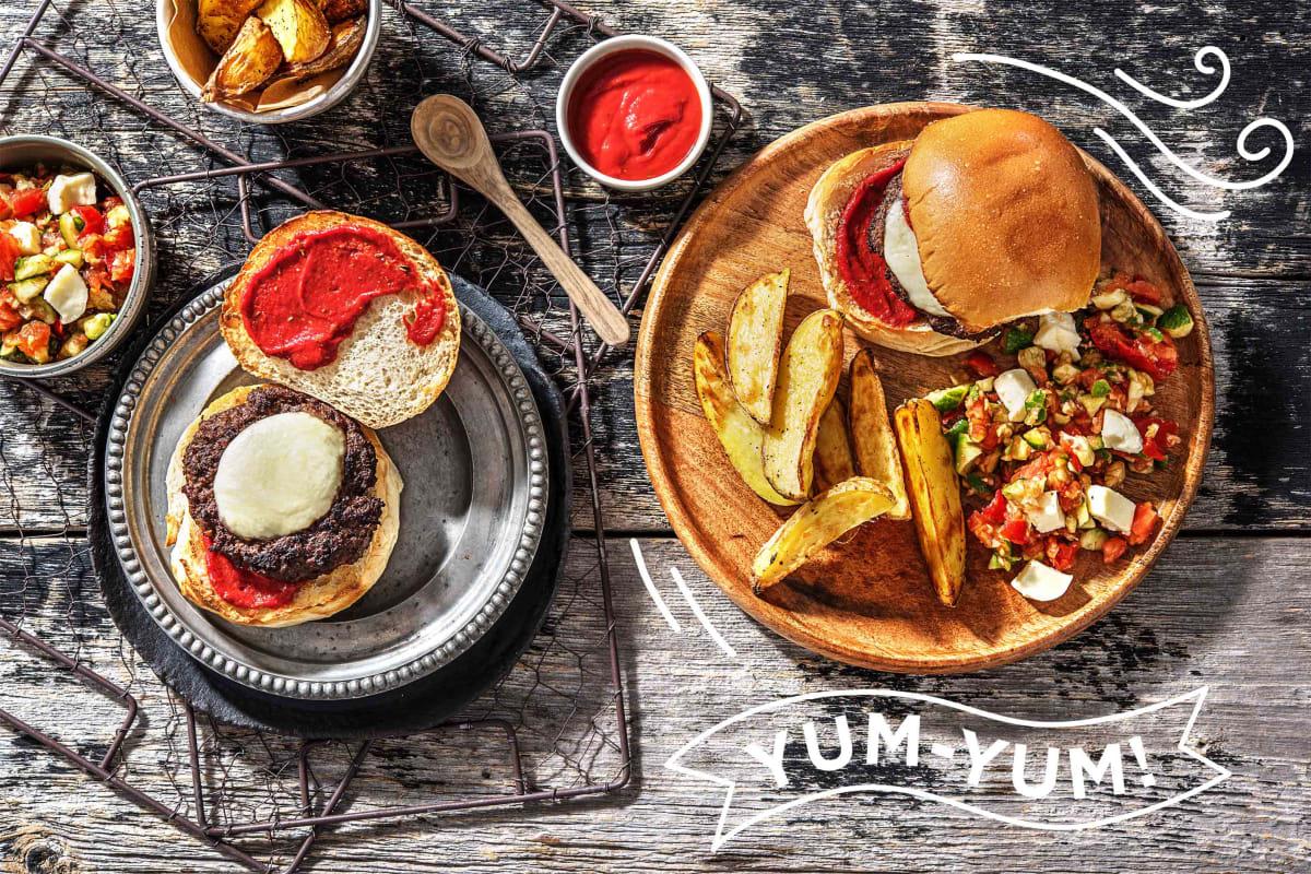 Hamburger mit geschmolzenem Mozzarella