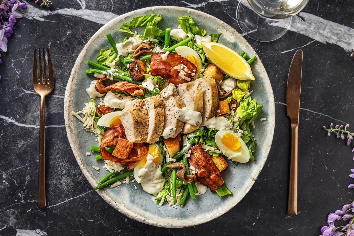 Salade césar gourmet au poulet et au lard