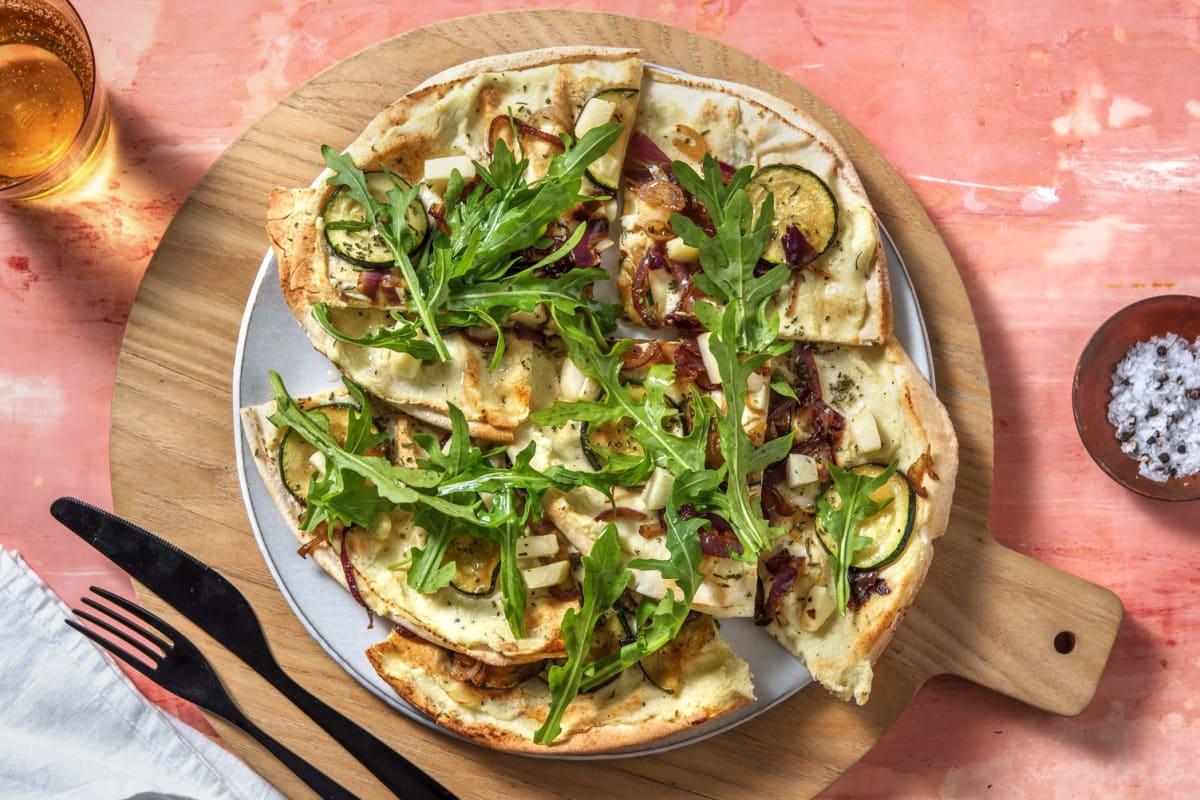 Pizza bianco met geitenkaas en perzik