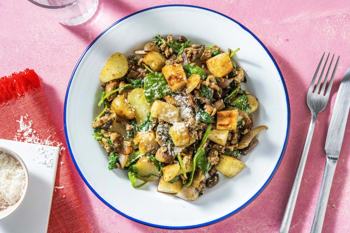 Salade de grenailles et viande hachée de porc garnie de croûtons maison