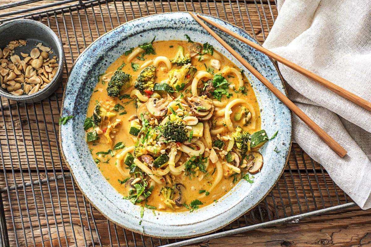 Curry-noedelsoep met kokosmelk