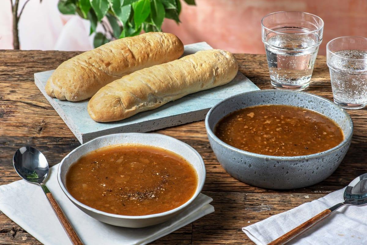 Soupe à l'oignon et baguette