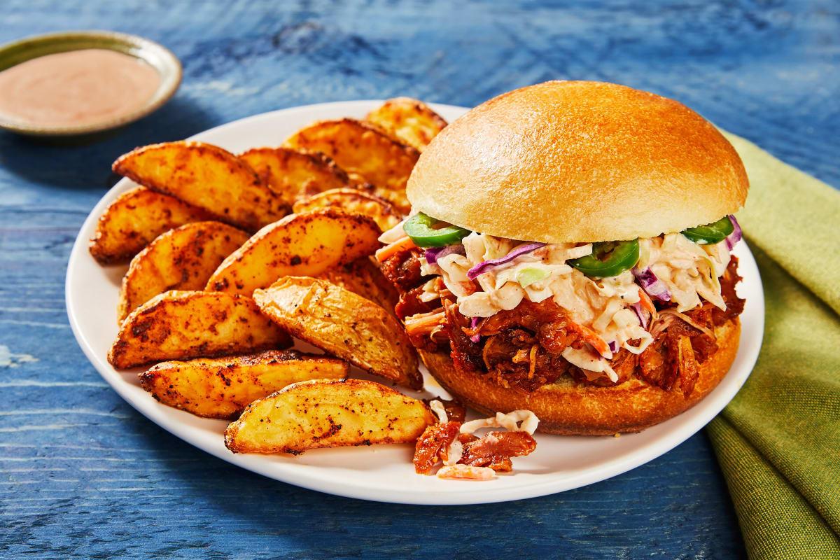 Kickin' BBQ Pulled Chicken Sandwiches
