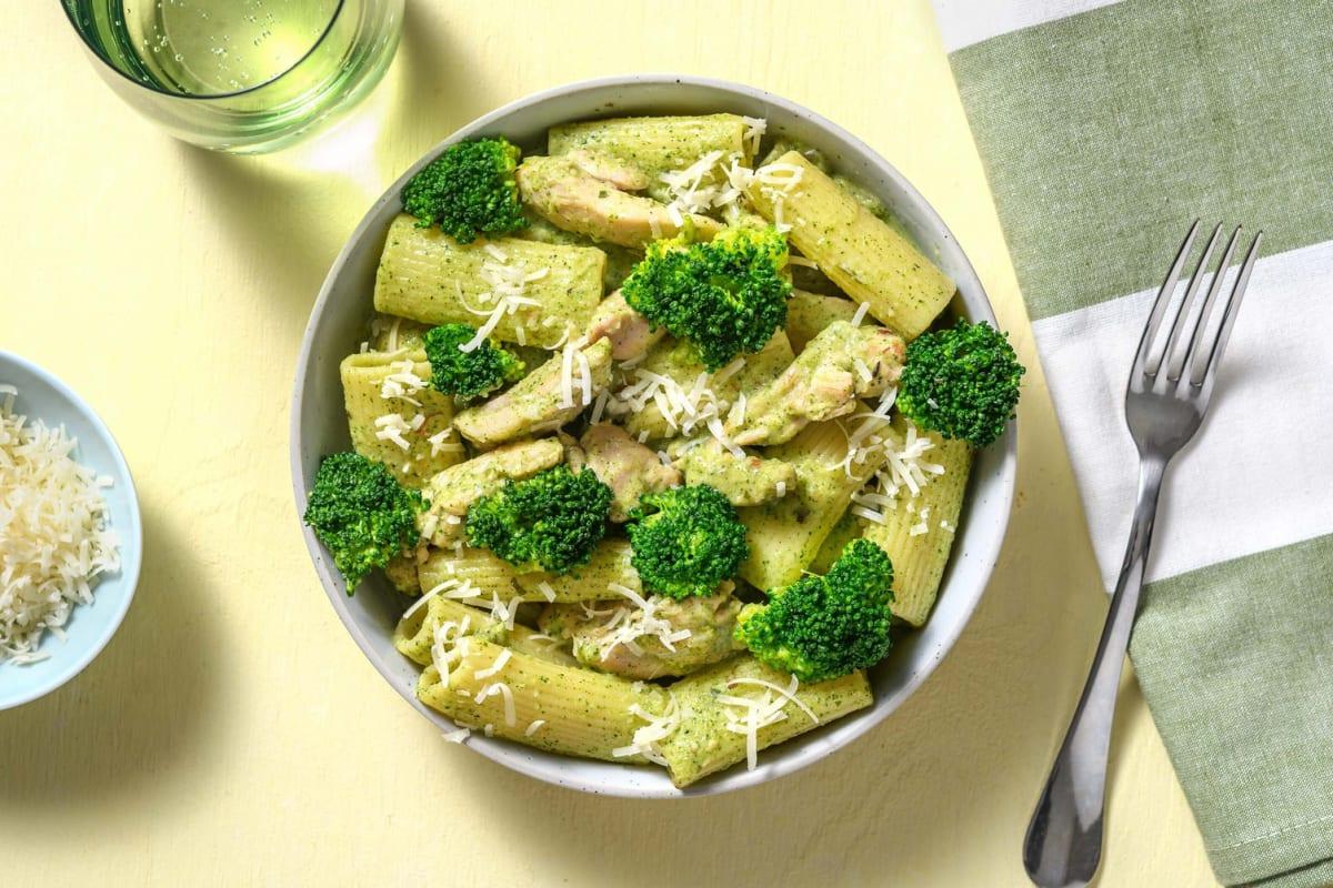 Rigatoni met kippendij in romige broccolisaus